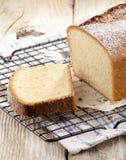 Torta de esponja con el aroma del limón Imagen de archivo libre de regalías