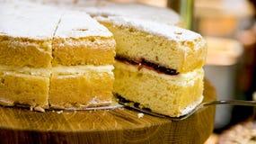 Torta de esponja tradicional de Victoria Imágenes de archivo libres de regalías