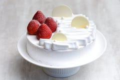 Torta de frutas de la fresa imagen de archivo libre de regalías