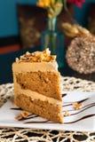 Torta de la almendra del caramelo Fotografía de archivo