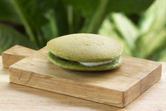 Torta de la cacerola de Dorayaki del té verde Imagenes de archivo