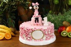 Torta de la fiesta de cumpleaños de los niños - concepto del ratón de mickey Foto de archivo libre de regalías