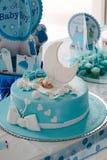 Torta de la fiesta de bienvenida al bebé Fotografía de archivo