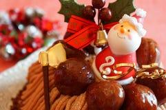 Torta de la Navidad con la crema de Mont Blanc Foto de archivo libre de regalías