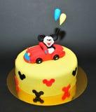 Torta de la pasta de azúcar de Mickey Mouse Foto de archivo libre de regalías
