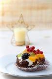 Torta de la suposición de la fruta de la Navidad Fotografía de archivo libre de regalías