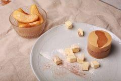 Torta de la vainilla Fotografía de archivo libre de regalías