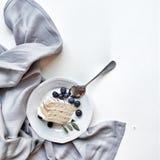 Torta de las bayas del postre Foto de archivo libre de regalías