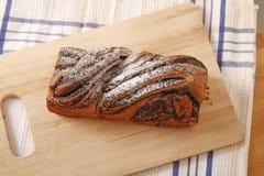 Torta de las semillas de amapola Fotos de archivo libres de regalías