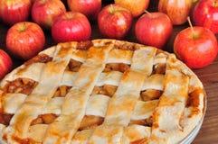 Torta de maçã redonda Imagens de Stock Royalty Free