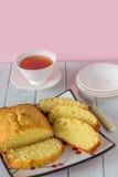 Torta de Madeira con té desde arriba Imagen de archivo libre de regalías