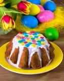 Torta de Pascua con el esmalte blanco Fotografía de archivo libre de regalías