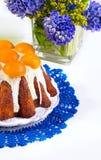 Torta de Pascua con los albaricoques Imagen de archivo