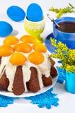 Torta de Pascua con los albaricoques Fotografía de archivo libre de regalías