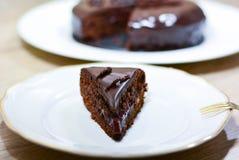 Torta de Sacher con el chocolate y el atasco Una torta alemana muy sabrosa Imagen de archivo libre de regalías
