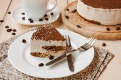 Torta de Tiramisu Fotos de archivo libres de regalías