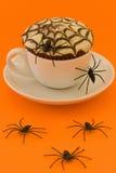 Torta de Víspera de Todos los Santos Spiderweb Fotografía de archivo libre de regalías