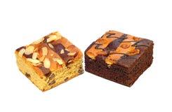 Torta del brownie en el fondo blanco foto de archivo