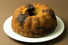 Torta del bundt del chocolate del plátano Imagen de archivo libre de regalías