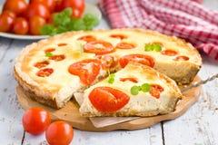 Torta del formaggio del pomodoro Fotografie Stock Libere da Diritti