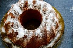 Torta del limón de Bundt Foto de archivo libre de regalías
