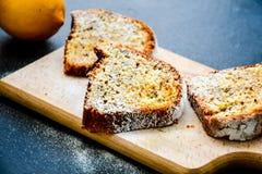 Torta del limón de Bundt, Fotografía de archivo