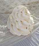Torta del merengue Fotos de archivo libres de regalías
