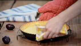 Torta del orr della base della torta o dessert del dolce o della crostata fatta pasticceria al forno da Pasta in pentola acida Fa stock footage