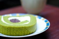 Torta del rullo del tè verde Fotografia Stock Libera da Diritti