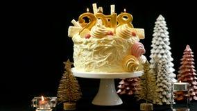 Torta del showstopper de la Feliz Año Nuevo 2018 Imagen de archivo libre de regalías