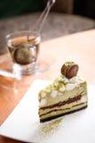 Torta del té verde del matcha de Mashmallow con el macaron Foto de archivo