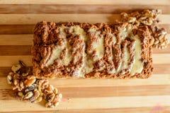 Torta del vegano con las nueces Imagen de archivo libre de regalías
