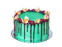 Torta deliciosa del verde de la fruta, para una fiesta de cumpleaños En el fondo blanco Foto de archivo