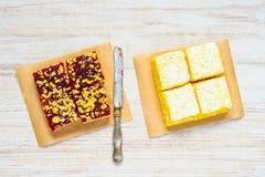 Torta della crema e della fragola Fotografia Stock