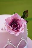Torta di cerimonia nuziale splendida Fotografia Stock Libera da Diritti
