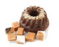 Torta di cioccolato con le caramelle Fotografia Stock Libera da Diritti
