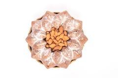 Torta di cioccolato con le mandorle sopra Immagine Stock