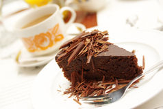 Torta di cioccolato con tè Immagine Stock Libera da Diritti