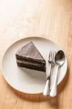 Torta di cioccolato sulla tabella Fotografia Stock Libera da Diritti