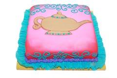 Torta di compleanno araba di tema in bianco immagine stock