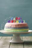 Torta di compleanno di Pinata Fotografie Stock