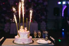 Torta di compleanno rosa Fotografia Stock