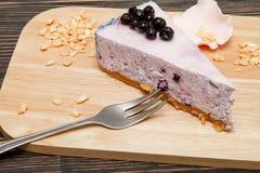 Torta di formaggio con i mirtilli Fotografia Stock Libera da Diritti