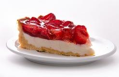 torta di formaggio delicata della fragola su un piatto bianco Macro immagini stock