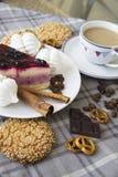 Torta di formaggio della ciliegia con i biscotti 12 Fotografia Stock Libera da Diritti