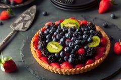 Torta di frutta casalinga della calce chiave Fotografie Stock