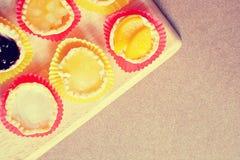 Torta di frutta nel colore dolce Immagine Stock