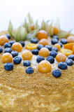 Torta di miele affettata Fotografie Stock