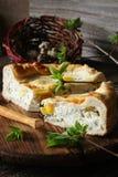 Torta di Torta Pasqualina dell'italiano con spinaci, uova Fotografia Stock