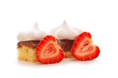 Torta do meringue da morango Imagem de Stock Royalty Free